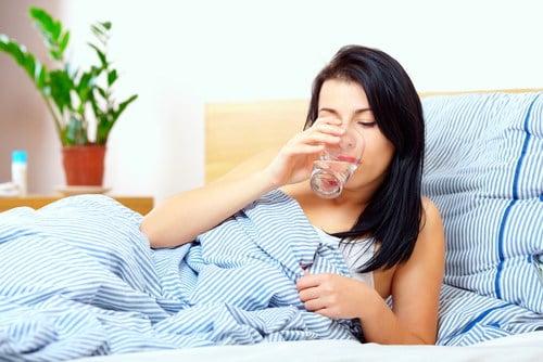 manfaat minum air putih sebelum tidur
