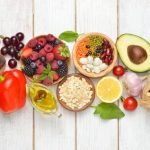 11 Makanan dan Buah Penurun Kolesterol Terbaik untuk Anda