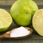 5 Cara Ampuh Memutihkan Gigi dengan Jeruk Nipis